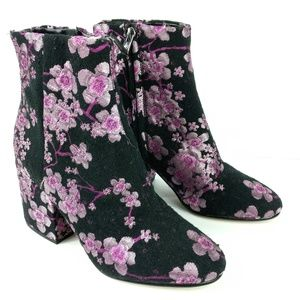 Sam Edelman Womens Booties Size 5.5 M Black Pink